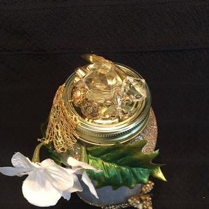 Cathy's Magic in a Jar Accents - Hand made dragon in a jar.